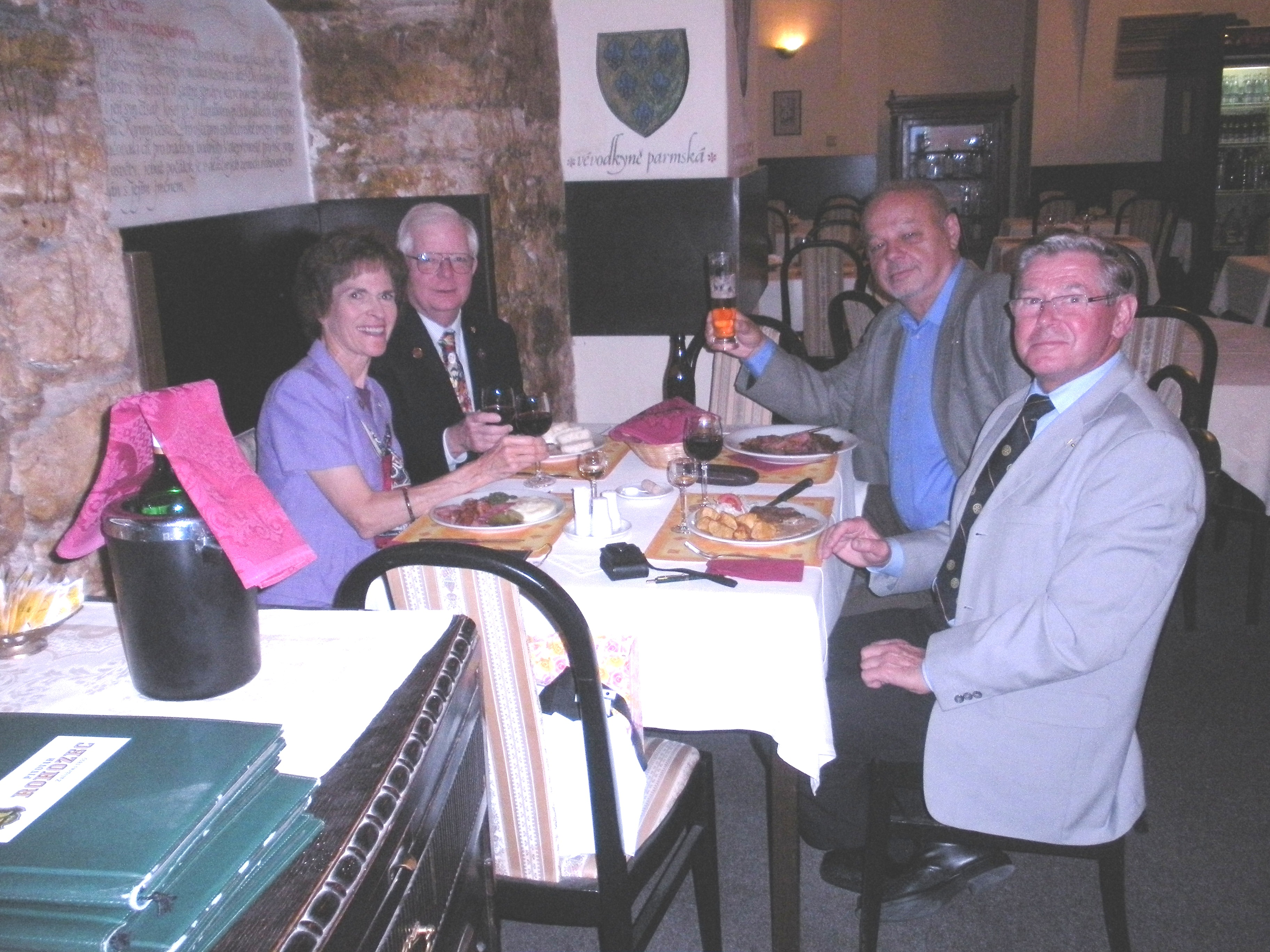 Prague Rotary Dinner .JPG