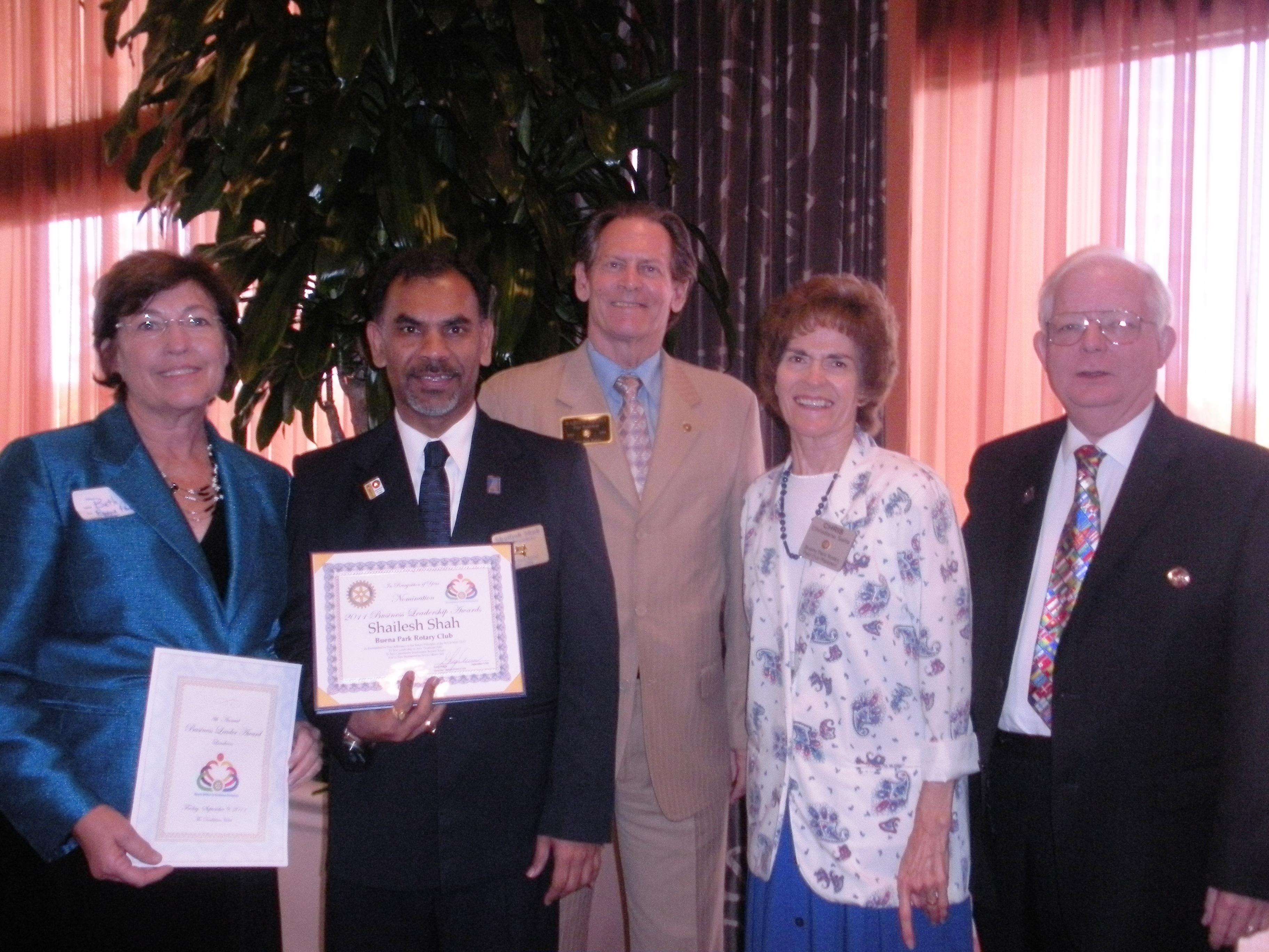 Beth Swift, Shailesh Shah Buena Park Rotarian of the year, Baron Night, Christiane and Dennis Salts.